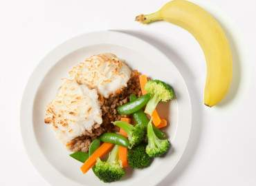 Cottage pie with vegetables, followed by a banana